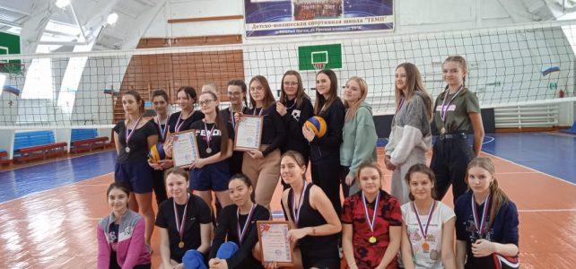 Ежегодный турнир по волейболу среди женских команд